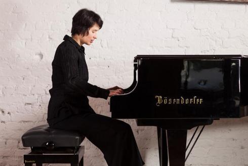 Kimiko Ishizaka (photo © Philippe Ramaker)